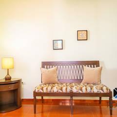 """Proyecto """"Quinta Hunucmá"""": Estudios y oficinas de estilo colonial por PORTO Arquitectura + Diseño de Interiores"""