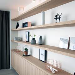 verbouwing en restyling van een woning woonkamer door interieur design by nicole fleur