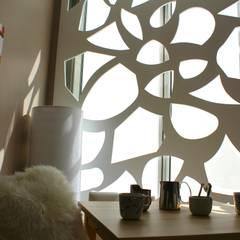 Aménagement intérieur Entreprise CMD Montpellier: Salon de style de style Asiatique par ARKNHOME