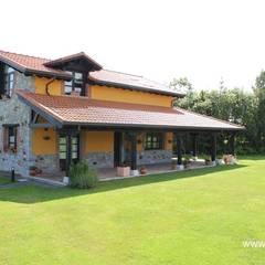 OBRA NUEVA: Casas de estilo  de ecoviga4 sll