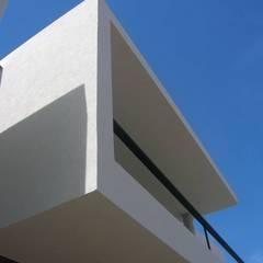 Casas de estilo  de Estudio Arquitectura Agustín Duarte