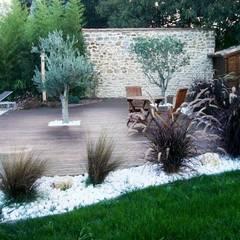 Jardin escalier: Jardin de style de style eclectique par Eurl Créations Rénovations Services