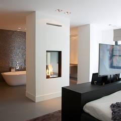 Villa in 't Gooi:  Slaapkamer door Designa Interieur & Architectuur BNA