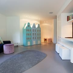 Villa in 't Gooi:  Mediakamer door Designa Interieur & Architectuur BNA