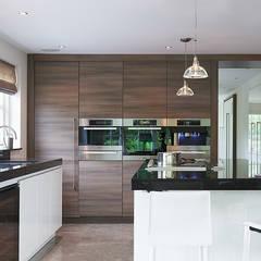 Villa Hilversum: rustieke & brocante Keuken door Designa Interieur & Architectuur BNA