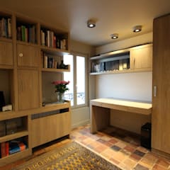 Duplex Ile Saint Louis: Bureau de style  par SA2L RENOVATIONS PRIVEES