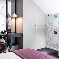 A ROOM WITH A VIEW: Chambre de style de style Moderne par decodheure