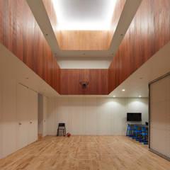 Ruang Fitness by 小泉設計室