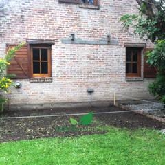 JARDÍN DE INVIERNO / LIVING EXTERIOR: Jardines de invierno de estilo minimalista por Mundo Garden