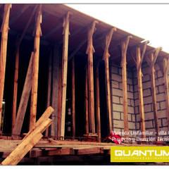 BALCON TERRAZA - VIVIENDA UNIFAMILIAR: Terrazas de estilo  por Betiana Denardi | Arquitecta