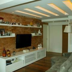 Media room by GEA Arquitetura, Scandinavian