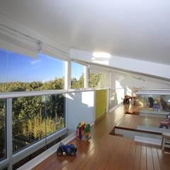 Dormitorios infantiles de estilo  de Echauri Morales Arquitectos,