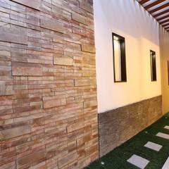 Jardines de estilo moderno de Ansari Architects Moderno