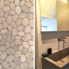 Het Dijkhuis: eclectische Badkamer door Grego Design Studio