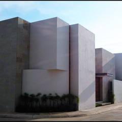 Maisons de style  par BAG arquitectura, Moderne Contreplaqué