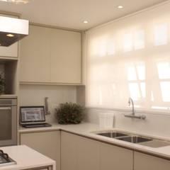 آشپزخانه by Fernanda Moreira - DESIGN DE INTERIORES