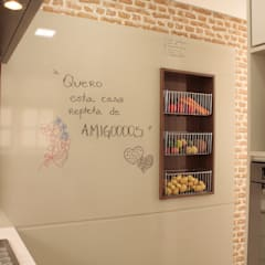 Fruteira e afins !!!: Cozinhas  por Fernanda Moreira - DESIGN DE INTERIORES