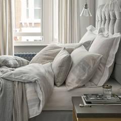 Dormitorio City Dwelling: Dormitorios de estilo  de Laura Ashley Decoración