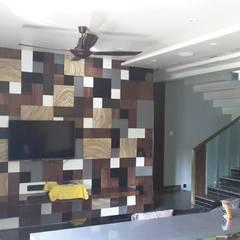 PRIVATE Residence:  Media room by MAPLE studio design