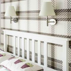 MIESZKANIE WAKACYJNE STYL PROWANSALSKI – AVIATOR – GDAŃSK: styl , w kategorii Sypialnia zaprojektowany przez Anna Serafin Architektura Wnętrz