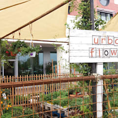 orto urbano: Centri commerciali in stile  di URBAN FLOWER