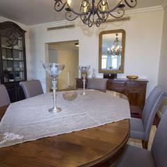 Aykuthall Architectural Interiors – Kemer Country: klasik tarz tarz Yemek Odası
