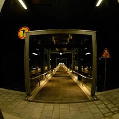 S-Bahn Handlaufbeleuchtung Untermenzing Deutschland / Customized Handrail stainless:  Flughäfen von betec Licht AG