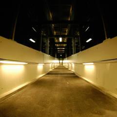S-Bahn Handlaufbeleuchtung Untermenzing Deutschland / Customized Handrail stainless:  Ladenflächen von betec Licht AG