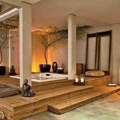 Spa e Banho Funcional Casa Cor MS 2011: Spas tropicais por Perotto E Fontoura Estúdio de Arquitetura