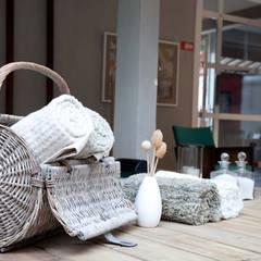 Casa Cor MS 2011: Spas tropicais por Perotto E Fontoura Estúdio de Arquitetura
