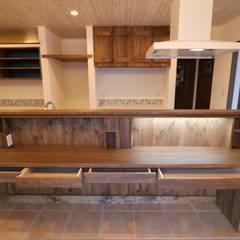 ■ French Country Style・フレンチカントリースタイル: 株式会社アートカフェが手掛けたキッチンです。