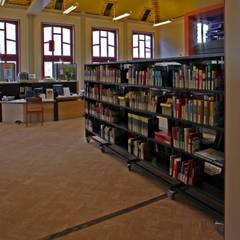 Bibliotheek Franeker:  Mediakamer door Dick de Jong Interieurarchitekt