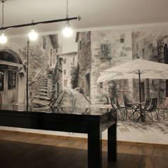 pokój kominkowy: styl , w kategorii Ściany zaprojektowany przez Artystyczne Malowanie Ścian