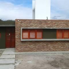 Vienda Salsipuedes, Cordoba: Casas de estilo  por Q R Arquitectura