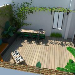 Un patio urbain luxuriant: Jardin de style  par Laura Benitta Architecture d'intérieur et création de jardins, Tropical