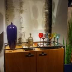 Home Bar: Centros de exposições  por Juliana Zanetti Arquitetura e Interiores