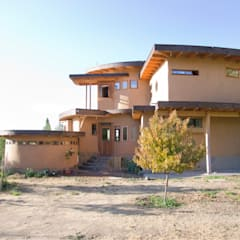 منزل عائلي صغير تنفيذ ALIWEN arquitectura & construcción sustentable