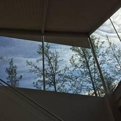 Casa Las Arañas: Ventanas de estilo  por Norte Arquitectura y Construccion