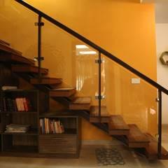 الممر والمدخل تنفيذ Aayam Consultants