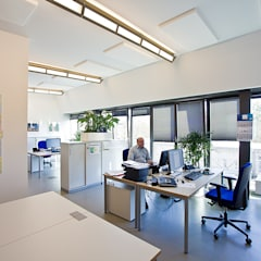 Edificios de oficinas de estilo  por Agnes Lobisch | Gestaltung leben