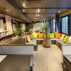 UTSUBO CHOCOLATE: INTERIOR BOOKWORM CAFEが手掛けたイベント会場です。