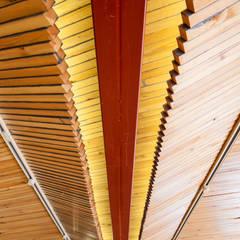 40ft 海上 コンテナ: INTERIOR BOOKWORM CAFEが手掛けたイベント会場です。