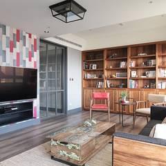 [HOME] Taoxi Interior Design: KD Panels의  거실