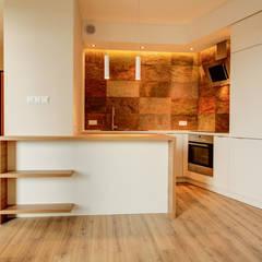 Łupki-Chrupki: styl , w kategorii Kuchnia zaprojektowany przez Perfect Space