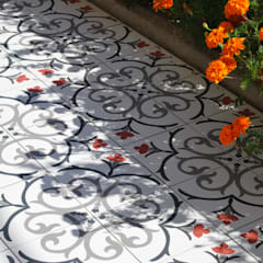 NEOCIM Décor Branche Framboise : Terraços  por Kerion Ceramics