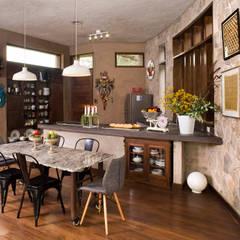 Casa Chontay: Comedores de estilo  por Marina Vella Arquitectura, Moderno