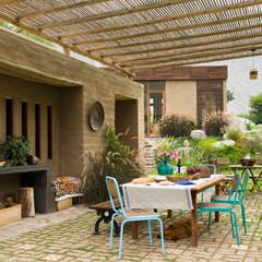 Casa Chontay: Terrazas de estilo  por Marina Vella Arquitectura