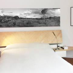 Dormitorio Principal: Dormitorios de estilo  de Daifuku Designs