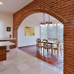 Dining room by Excelencia en Diseño, Colonial