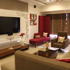 Prabhadevi :  Living room by Elevate Lifestyles